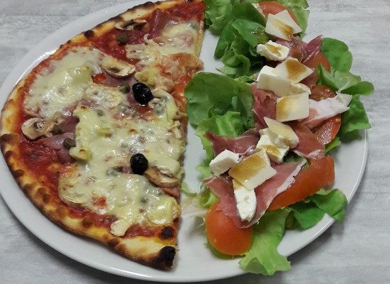 Pizza salade